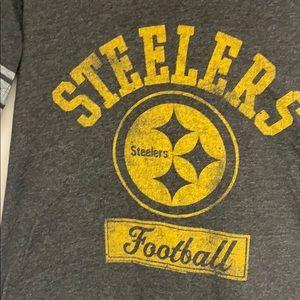 Junk Food Clothing Tops - Women's Pittsburgh Steelers Gray Tee, Retro Logo L